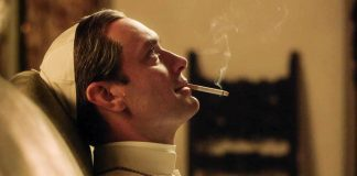 Palomitas freaks | THE YOUNG POPE: cuando House se volvió Papa