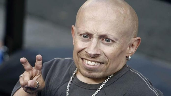 Fallece actor Verne Troyer